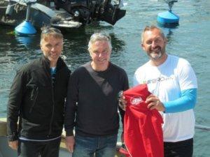Martin Haertl, konateľ LLENTAB Slovakia (uprostred) spolu s víťazom súťaže Blažejom Žofčínom (vľavo) a Markom Birošom (vpravo) v priebehu poznávacieho pobytu vo Švédsku.