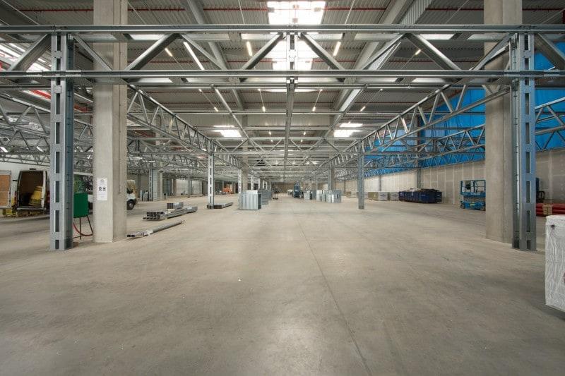Objekt LL 01, výroba a koridory pre rozvody vody, elektrickej energie a vzduchotechniky