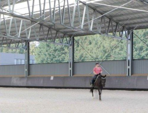 Jazdecká hala LLENTAB pre nitriansky HORSE CLUB poskytuje dokonalé zázemie pre ľudí a kone