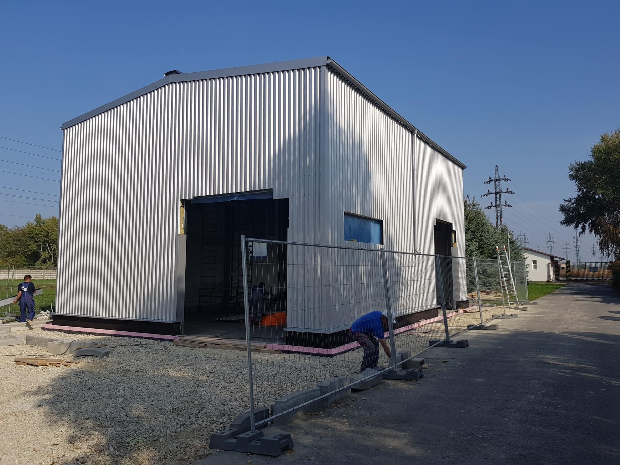 Skladová hala LLENTAB, Výroba montované oceľové haly